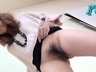 Hairy japan hoes urinate