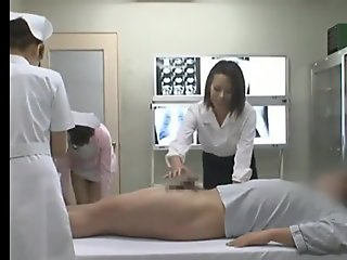 Head Nurse coaches starwberry generation nurses